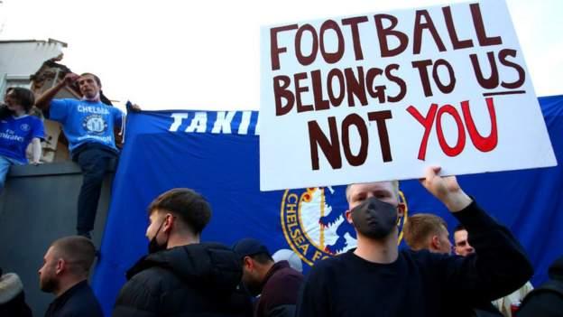 Ulasan yang dipimpin penggemar tentang sepak bola Inggris yang melihat kepemilikan, pembiayaan, dan partisipasi penonton