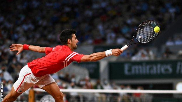 Novak Djokovic melawan Matteo Berrettini di perempat final Prancis Terbuka 2021