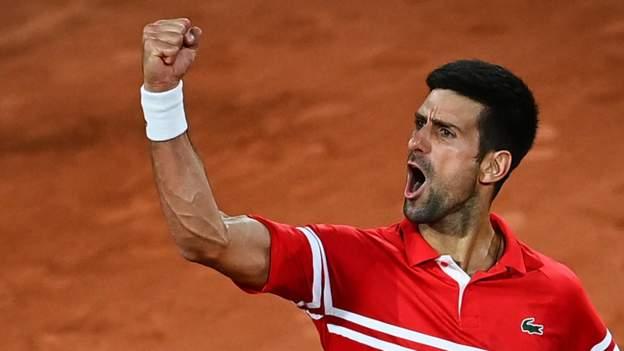 French Open 2021: Novak Djokovic menang setelah fans Paris mengumumkan jam malam jam 11 malam